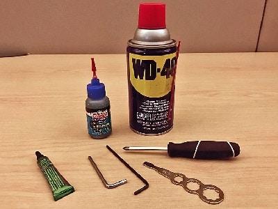 ferramentas para limpar molinetes e carretilhas de pesca