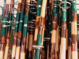 vara de bambu com passador