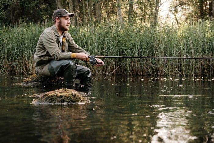 sonhar com outra pessoa pescando